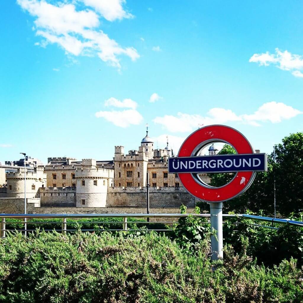תחנת אנדרגראונד בלונדון